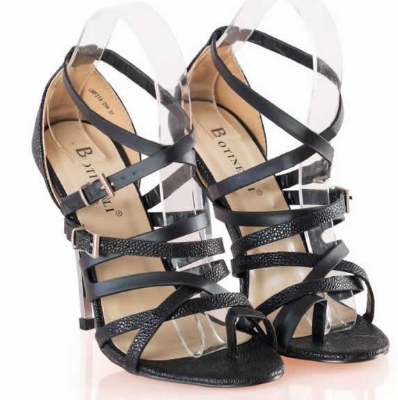 Sandale negre de ocazie cu toc