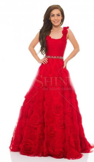rochii rosii lungi Sherri Hill