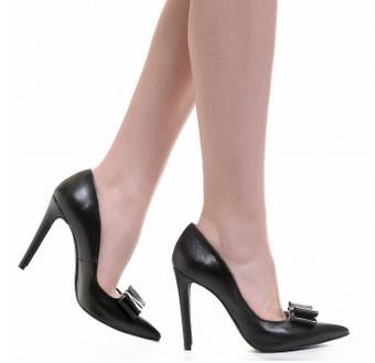 pantofi negri din piele cu toc stiletto